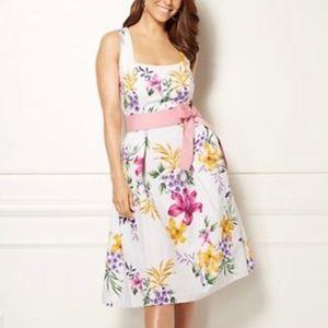 Eva Mendes Catarina White Floral Dress